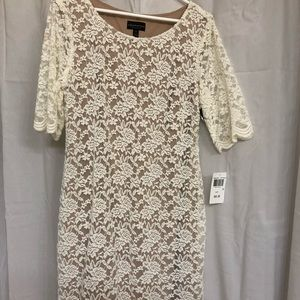 NWT (14) Connected Apparel Ivory Lace Dress